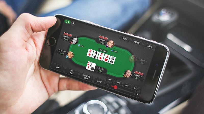 Chơi poker online trên máy tính và di động
