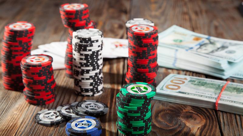 hướng dẫn chơi poker online kiếm tiền từ A đến Z