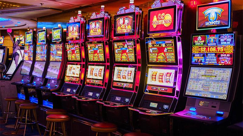 Các máy Slot tại một casino
